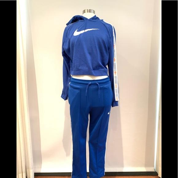 Nike Pants \u0026 Jumpsuits   Cropped